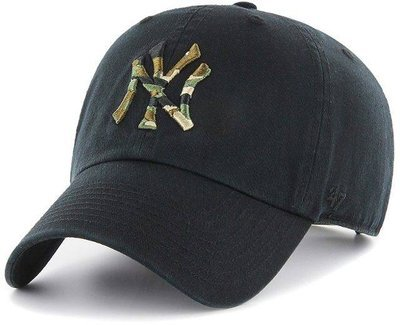 CZAPKA Z DASZKIEM 47 brand MLB New York Yankees Clean Up blk