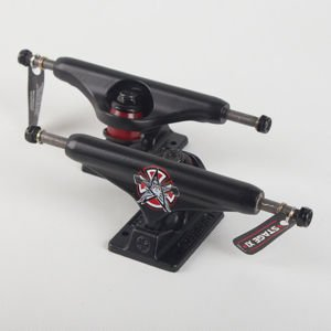 Trucki Independent Stg 11 Thrasher Pentagram Blk Std 139
