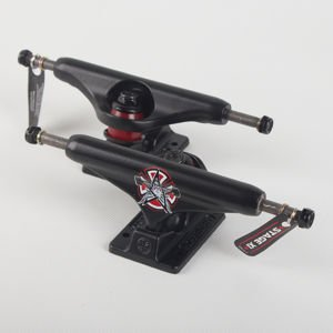 Trucki Independent Stg 11 Thrasher Pentagram Blk Std 144